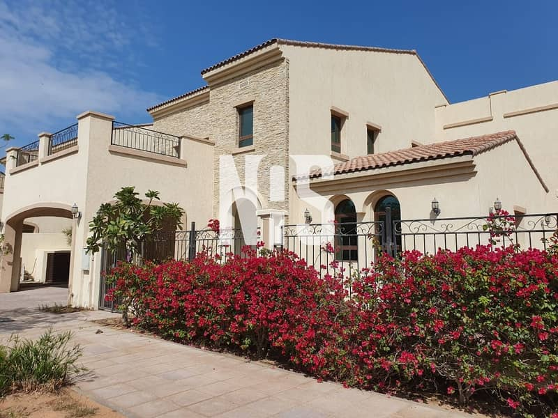 A luxurious 5 bed villa for sale in Bloom Garden