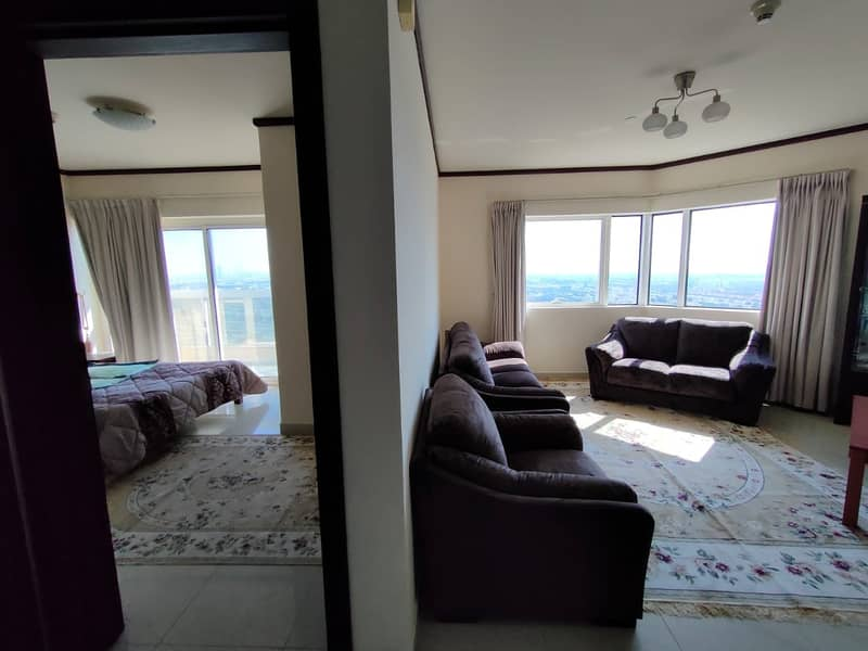 10 Fully Furnished 1 Bedroom Apartment for Rent (Close to Metro)