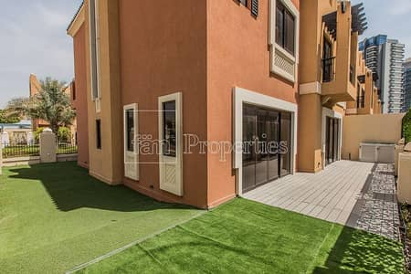 5 Bedroom Townhouse for Rent in Dubai Sports City, Dubai - Rooftop Terrace - Just Vacant - Fresh & Modern