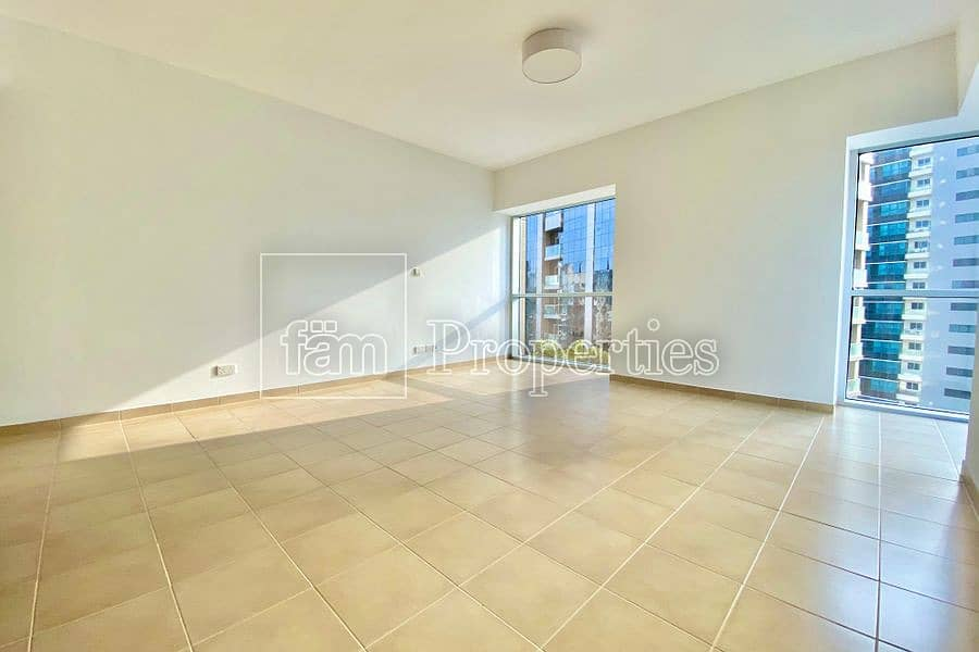 2 2BR Corner Unit with Marina and Seaview