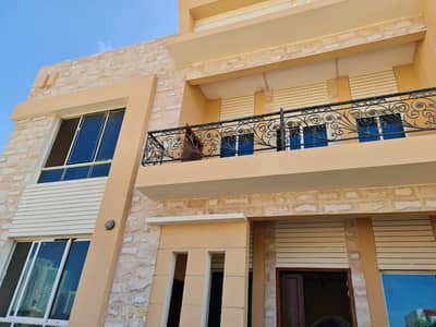 فیلا 4 غرف نوم للايجار في النخيلات، الشارقة - فیلا في النخيلات 4 غرف 90000 درهم - 4515736