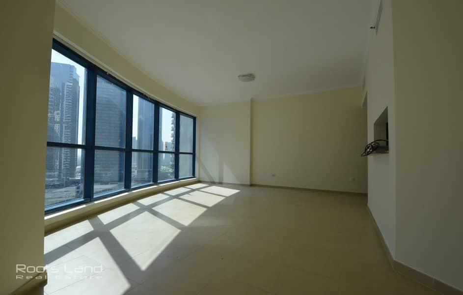 13 Spacious well maintained apartment with amazing view