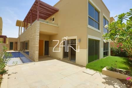 5 Bedroom Villa for Sale in Al Raha Gardens, Abu Dhabi - Corner Single Row 5 BR Deluxe with Central A/C