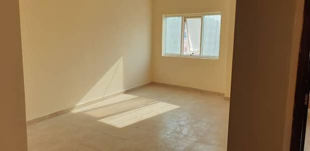 شقة 2 غرفة نوم للايجار في الجرف، عجمان - شقة في الجرف 1 الجرف 2 غرف 24999 درهم - 4903796