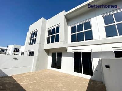 3 Bedroom Villa for Rent in Jumeirah Village Circle (JVC), Dubai - Paramount Interior   with Maid's Room Corner Unit
