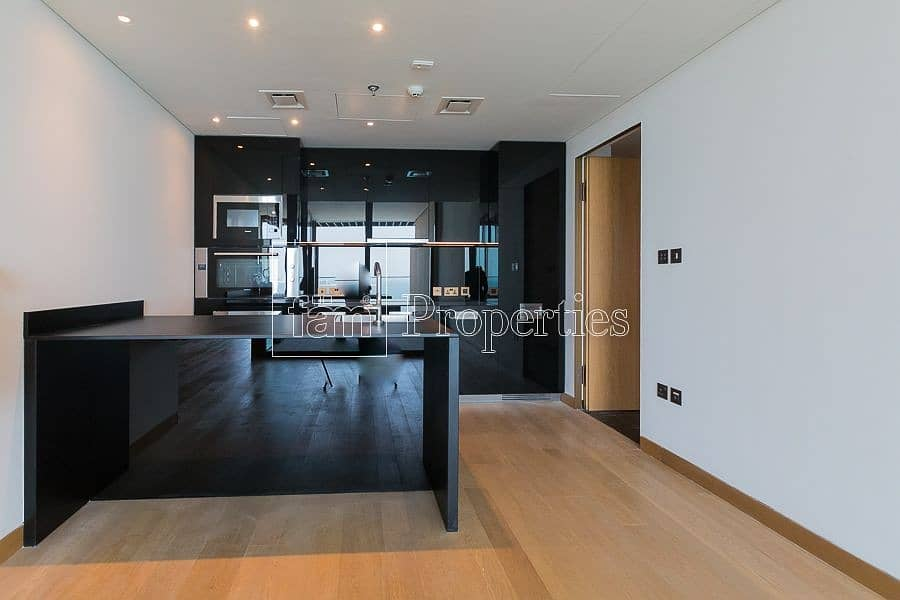 2 One of a King 4 Bedroom | Upgraded | Full Sea View