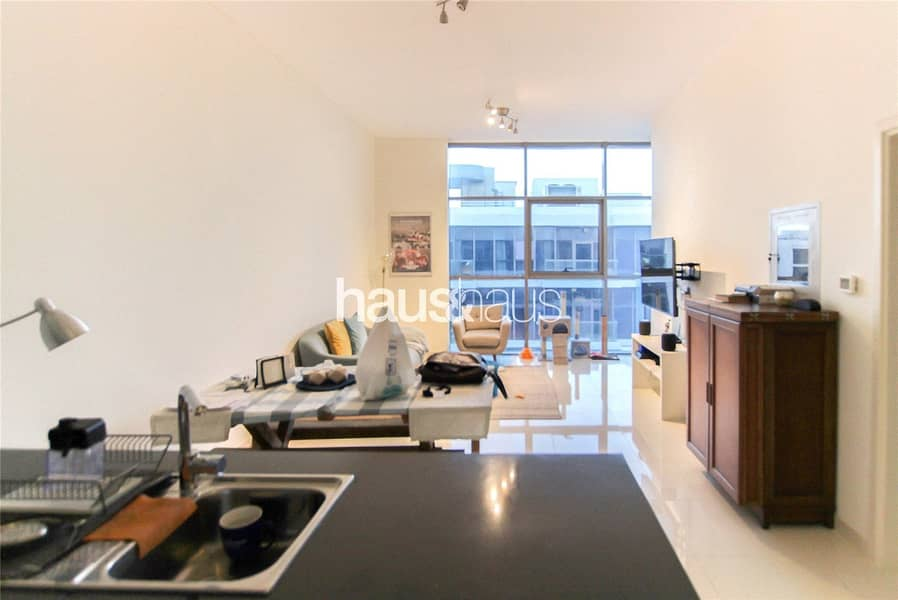 2 Immaculate | Large Living Space | Unfurnished