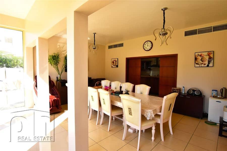 2 Stunning  5 Bedroom Home    Landscaped