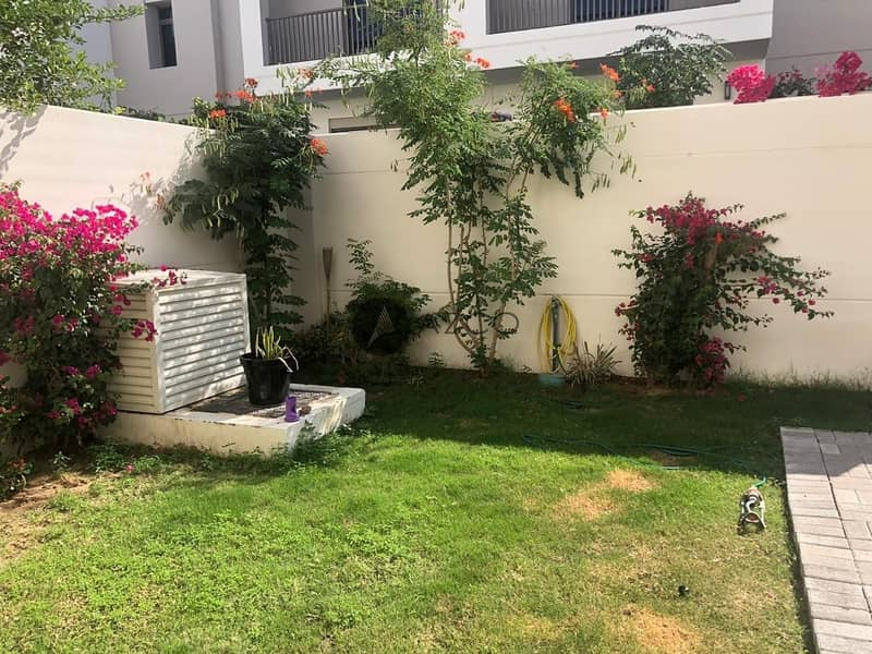 Spacious 3 BR Maid | close to Pool and Park