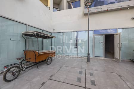 Shop for Rent in Umm Al Sheif, Dubai - Various Option | Semi-fitted Retail Shop