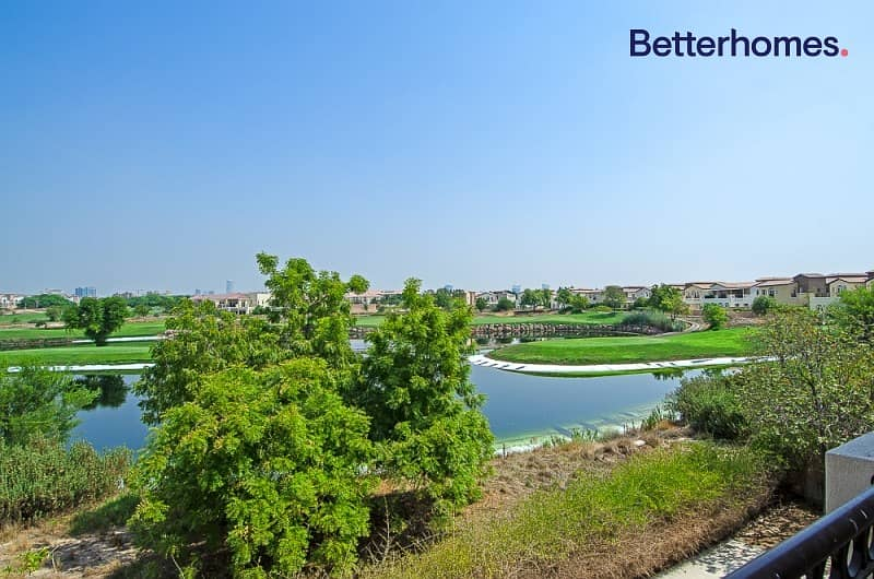 Golf Course &Lake; View |Well maintained |Large Plot
