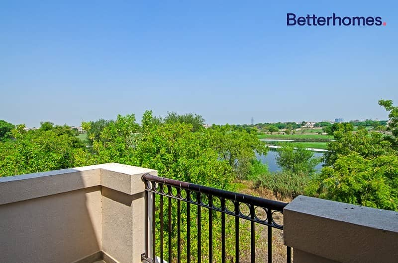 2 Golf Course &Lake; View |Well maintained |Large Plot