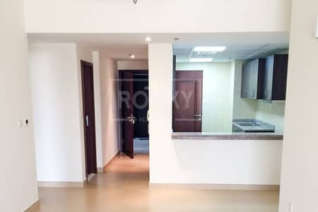 1 Bedroom Flat for Rent in Dubai Sports City, Dubai - Large | with Laundry | Chiller Free | Canal View