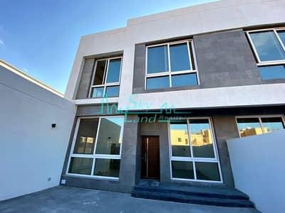 4 Bedroom Villa for Rent in Umm Suqeim, Dubai - Brand New 4 Bed Semi Detached Villa With A Garden