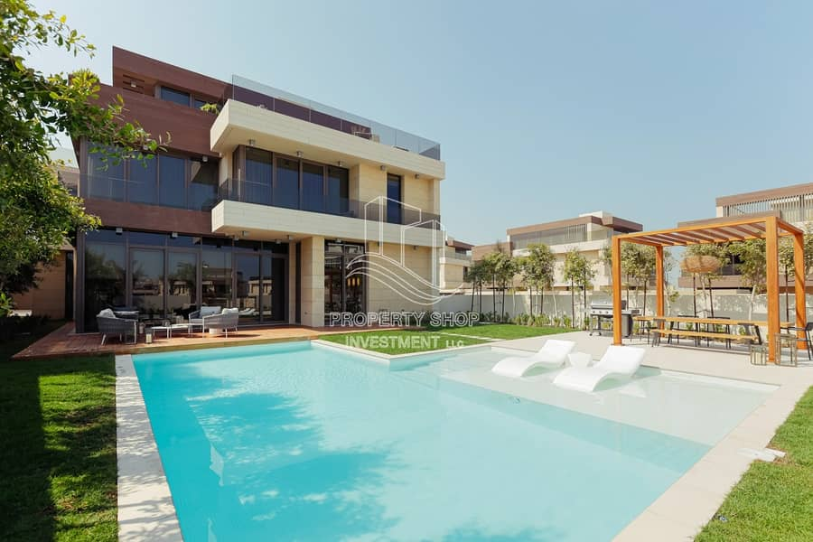 Stunningly Designed Luxurious Villa with New Concept & Pvt Pool!