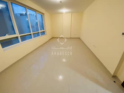 3 Bedroom Flat for Rent in Mussafah, Abu Dhabi - at affordable price.
