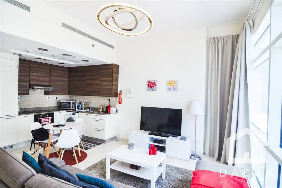 2 Furnished  // 1 Bedroom //  Canal view