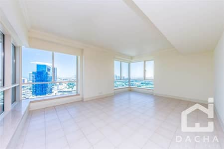 شقة 4 غرف نوم للايجار في دبي مارينا، دبي - Excellent location  Fantastic 4 BR +maids