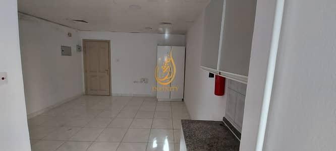 استوديو  للايجار في الخان، الشارقة - Chiller Ac Free 550sqft Studio Apartment in Al Khan Area