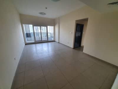 شقة 2 غرفة نوم للايجار في برشا هايتس (تيكوم)، دبي - شقة في بناية ABC تيكوم برشا هايتس (تيكوم) 2 غرف 52000 درهم - 4908066