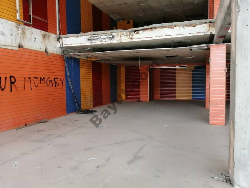 11 Wonderful Location!! Busy area!!Shop for rent in Sharjah Rolla!!! price 195,000 dhs per year