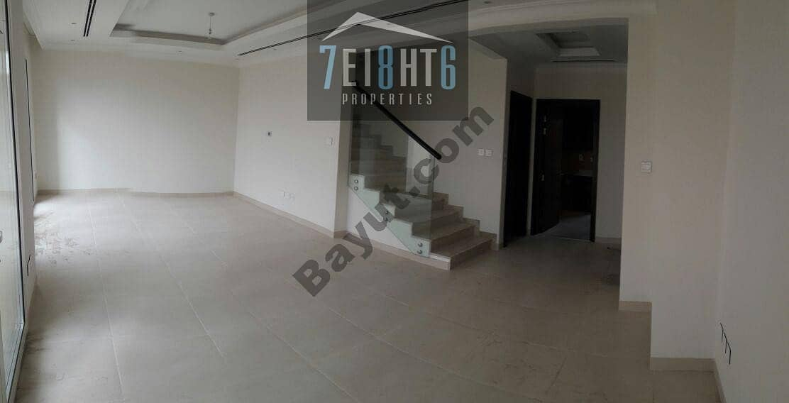 2 Amazing value: 3 b/r semi-independent villa + maids room + large garden for rent in Barsha South 2