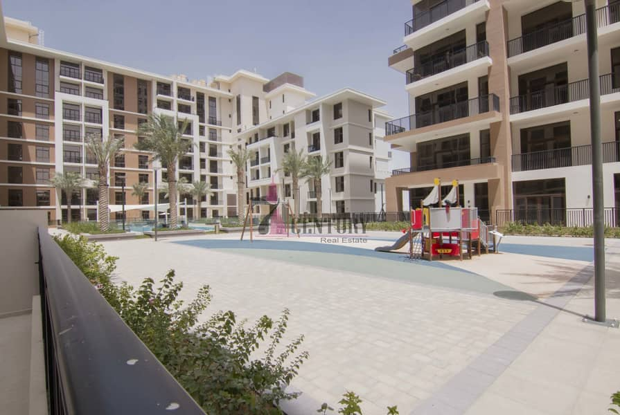 19 Big Size Balcony | 1 Bedroom | Full Pool View