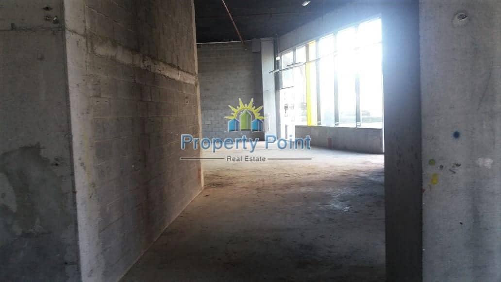 426 SQM Showroom for RENT | Shell and Core | Khalidiya Area