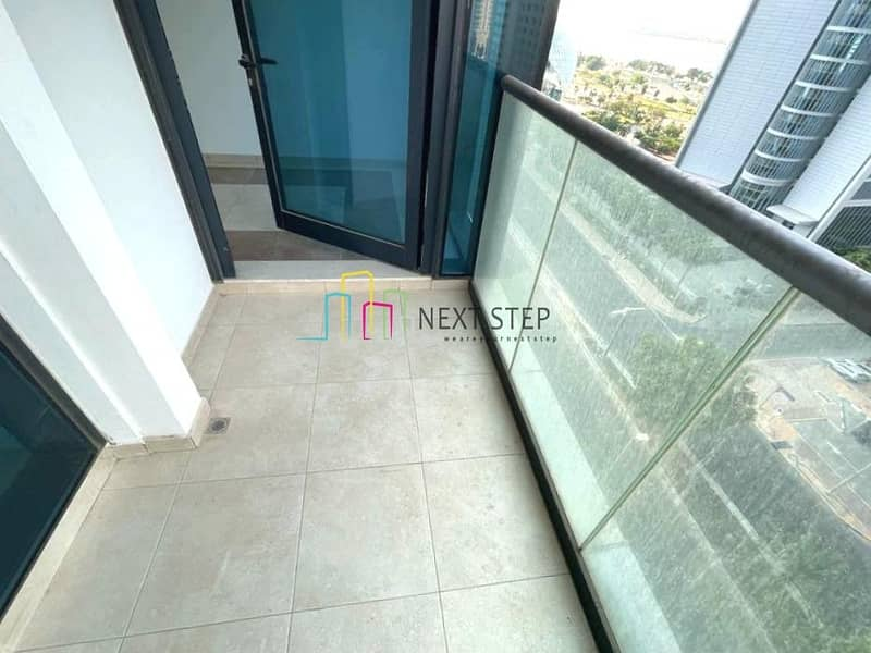 2 Outstanding Modern 1 Bedroom Apartment with Balcony & Parking