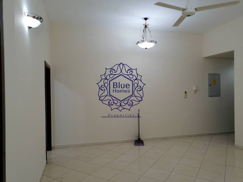 Spacious 1bhk with all facilities only 38k near fahidi metro Station