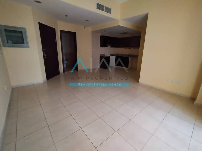 Most Reasonable 3 Bedroom Apartment Available To Rent Behind Souq Mall