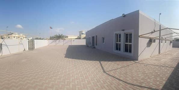 4 Bedroom Villa for Rent in Oud Al Muteena, Dubai - OFFER PRICE   4 B/R VILLA WITH MULHAQ   DRIVER ROOM   GROUND FLOOR VILLA