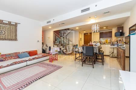 3 Bedroom Flat for Rent in Jumeirah Village Circle (JVC), Dubai - Spacious | Well Maintained | W/ Terrace