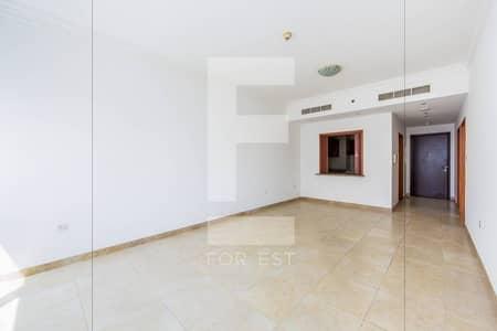Unfurnished | 1 Bedroom for Rent | Mag 218