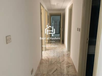 3 Bedroom Flat for Rent in Sheikh Zayed Road, Dubai - Large 3 BHK + Maid Room