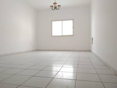 Studio for Rent in Al Taawun, Sharjah - Spacious Studio apartment on a prime location  with wardrobe rent only AED 17k