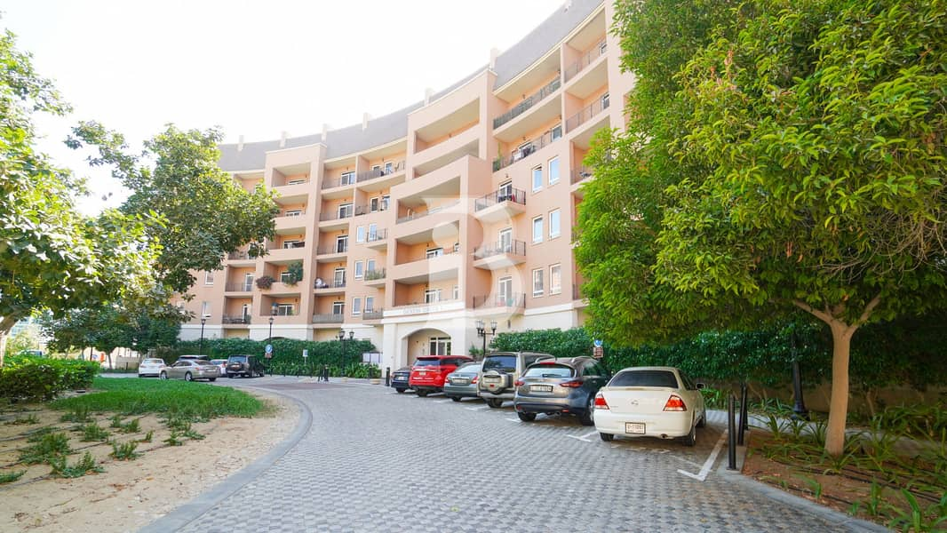 20 Charming 1 BHK Dickens Circus1 MotorCity