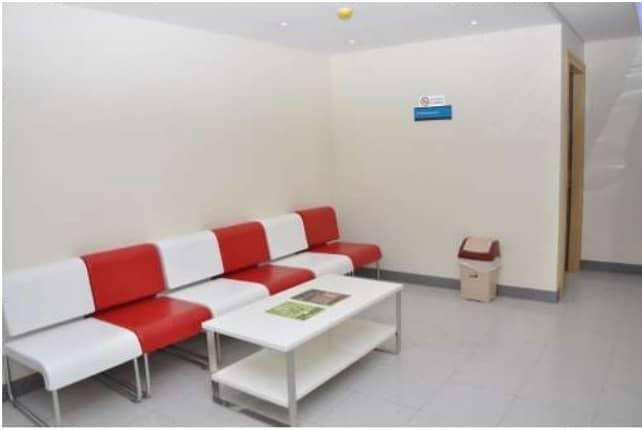 مركز طبي للبيع في طريق الملك فيصل - الشارقة 1.5ميلون