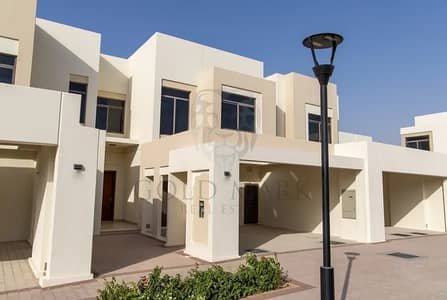 4 Bedroom Townhouse for Rent in Town Square, Dubai - Near The Entrance | Corner Unit | Ready to Move In