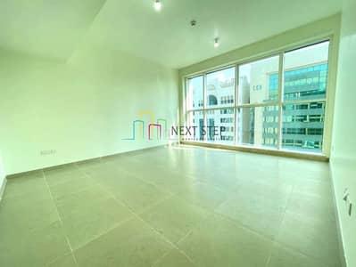 شقة 2 غرفة نوم للايجار في منطقة الكورنيش، أبوظبي - Brand New 2 Bedroom Apartment with Parking & Community View