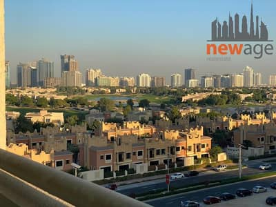 Beautiful Fully Furnished l studio apartment l Golf course view