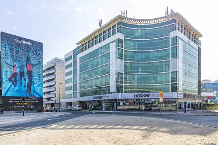 Office for Rent in Al Barsha, Dubai - Excellent Location | Large Unit | Well-kept