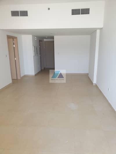 Studio for Rent in Jumeirah, Dubai - MOVE CHEAPER!!6 CHEQUES !!C/AC SPACIOUS STUDIO