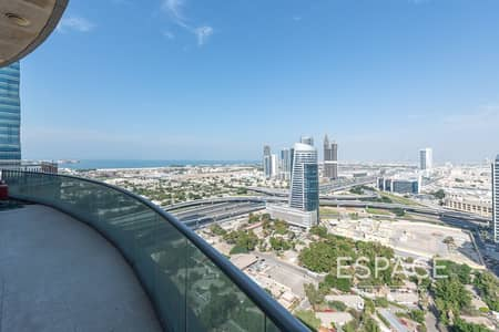 2 Bedroom Flat for Sale in Barsha Heights (Tecom), Dubai - Upgraded | Vacant | 2 Bedrooms Plus Maids