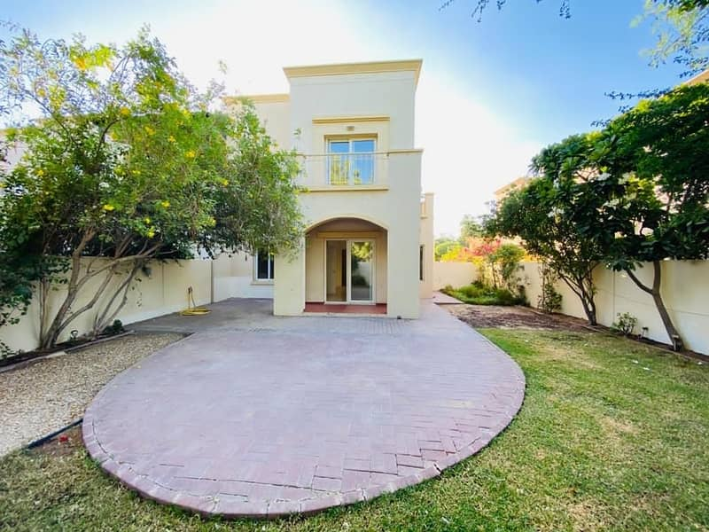 2 Type 2E | Direct access to park n pool | Well Maintained