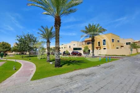 تاون هاوس 4 غرف نوم للبيع في حدائق الراحة، أبوظبي - Vacant! Superb Comfortable Villa in Raha.