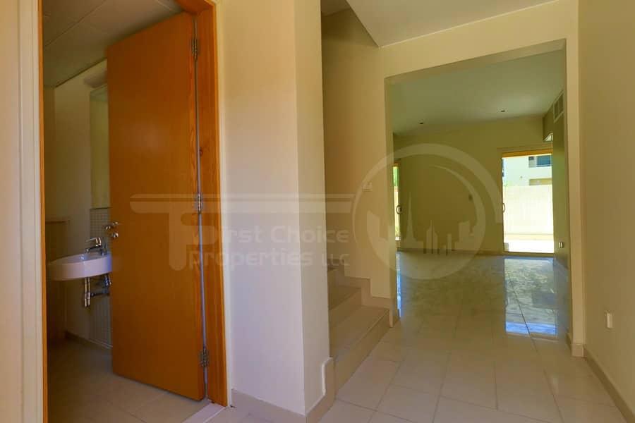 2 Vacant! Superb Comfortable Villa in Raha.