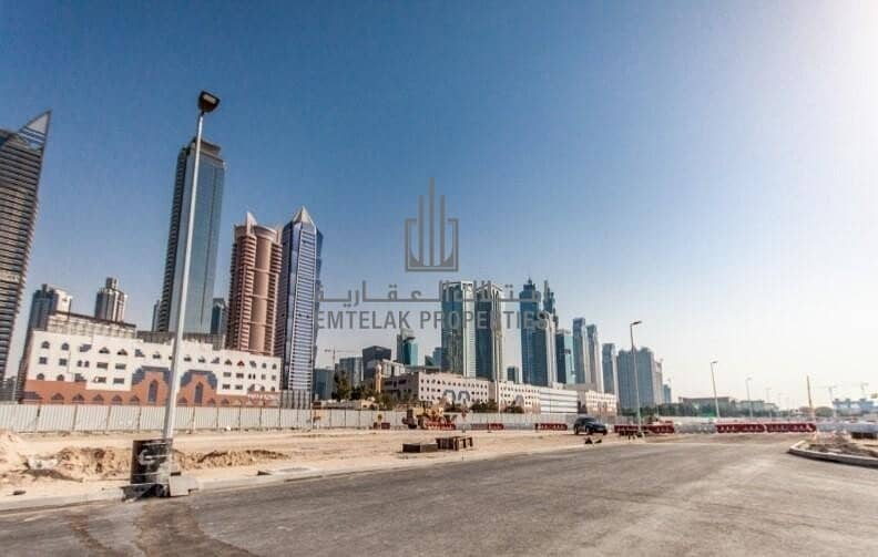 12 Plot in Al Wasl