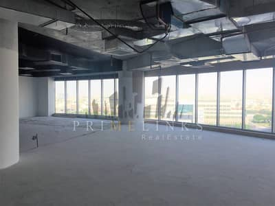 Semi fitted large office