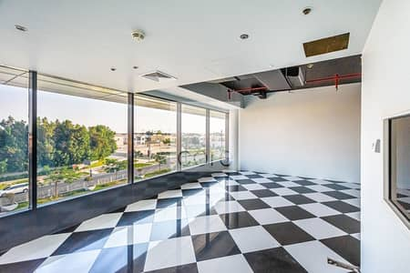 Office for Rent in Jumeirah, Dubai - Vacant Office | Conveniently Located  Parking